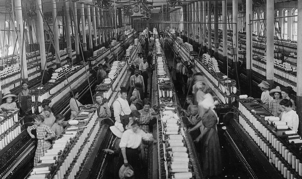 Role of Women in the Industrial Revolution - History ...